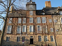 Rennes 28placedesLices-01.jpg
